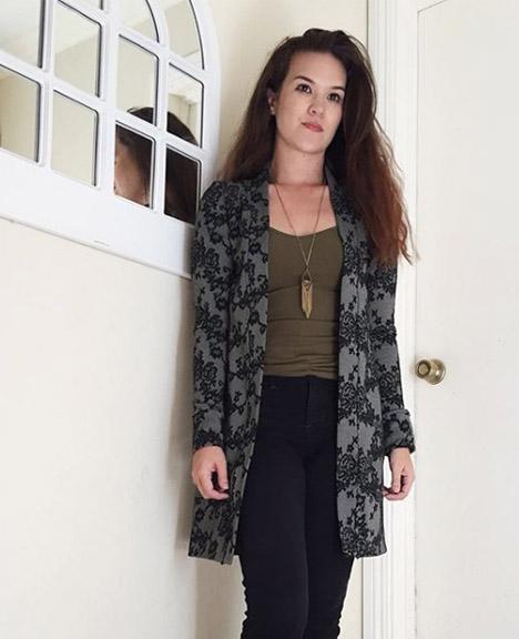 Blackwood Cardigan by @miekomake. Blackwood is a knit fabric cardigan pattern