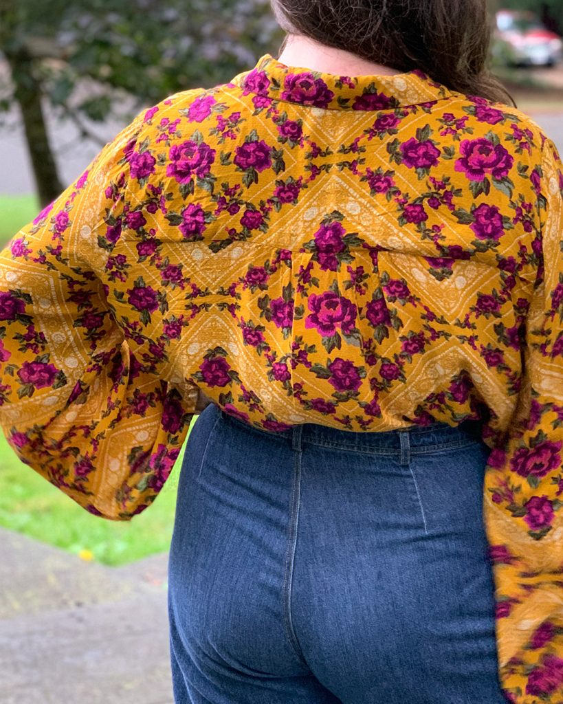 Close up of the gathered back detail on the Gilbert Top.