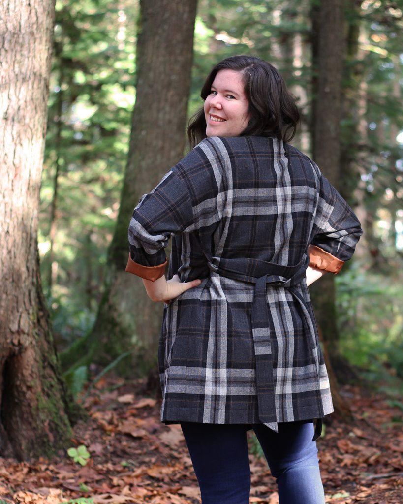 Pona Jacket with waist ties, back view.
