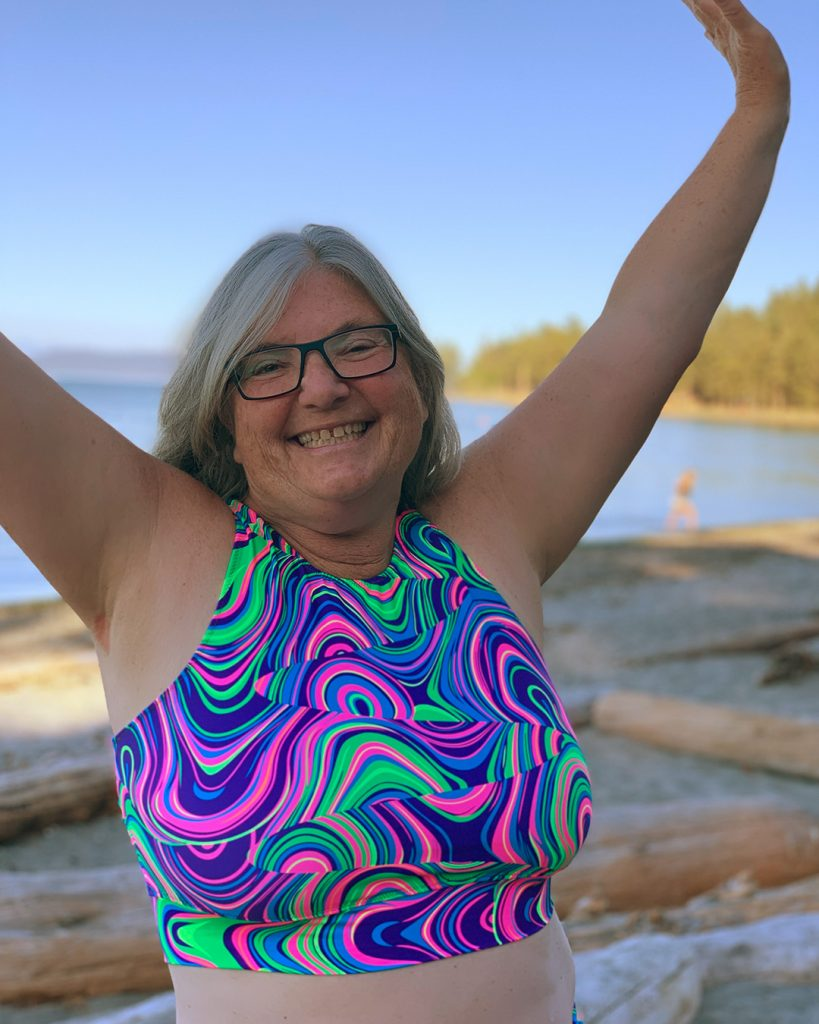 A beginner swimsuit project from Laurie, the Sandpiper Swimsuit!